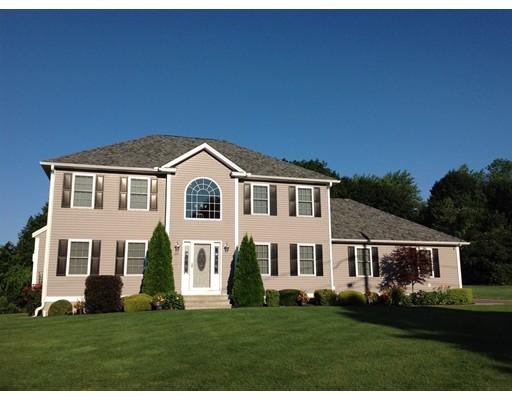 Частный односемейный дом для того Продажа на 69 Julian Drive Leominster, Массачусетс 01453 Соединенные Штаты