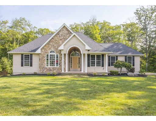 Maison unifamiliale pour l Vente à 491 Fresh Meadow Lane Dighton, Massachusetts 02764 États-Unis