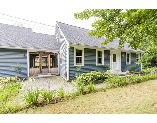 Single Family Home for Sale at 225 Locke Road 225 Locke Road Ashby, Massachusetts 01431 United States