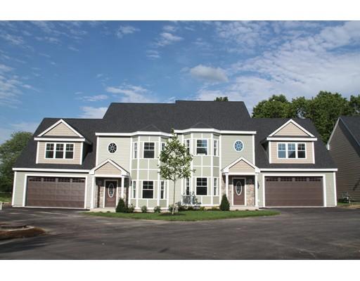 Appartement en copropriété pour l Vente à 129 Acton Street Maynard, Massachusetts 01754 États-Unis