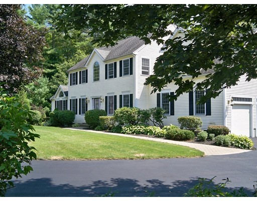 Single Family Home for Sale at 2 Buck Knoll Road Raynham, Massachusetts 02767 United States