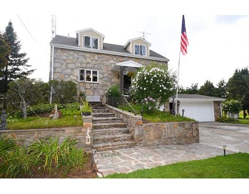 Maison unifamiliale pour l Vente à 2814 Pleasant Street Dighton, Massachusetts 02715 États-Unis