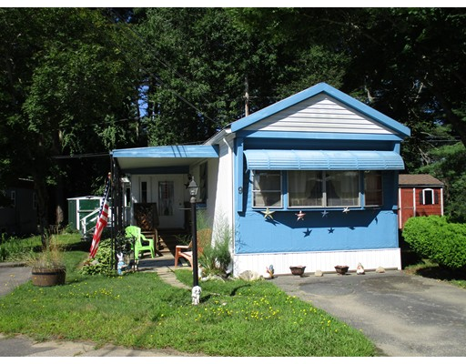 Casa Unifamiliar por un Venta en 9 Gerald Drive Middleboro, Massachusetts 02346 Estados Unidos