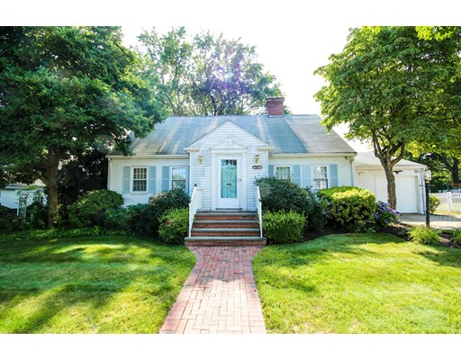 Single Family Home for Sale at 39 Gilmore Road Belmont, Massachusetts 02478 United States