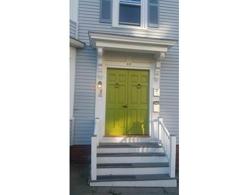 独户住宅 为 出租 在 44 PLEASANT Street 贝弗利, 马萨诸塞州 01915 美国
