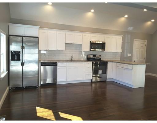 واحد منزل الأسرة للـ Sale في 39 Emmett Avenue Dedham, Massachusetts 02026 United States