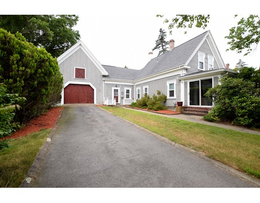 Casa Unifamiliar por un Venta en 472 Washington Street 472 Washington Street Whitman, Massachusetts 02382 Estados Unidos