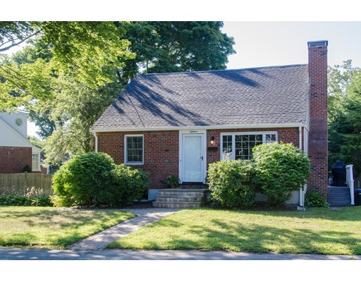 18 Victor Ave, Beverly, MA 01915