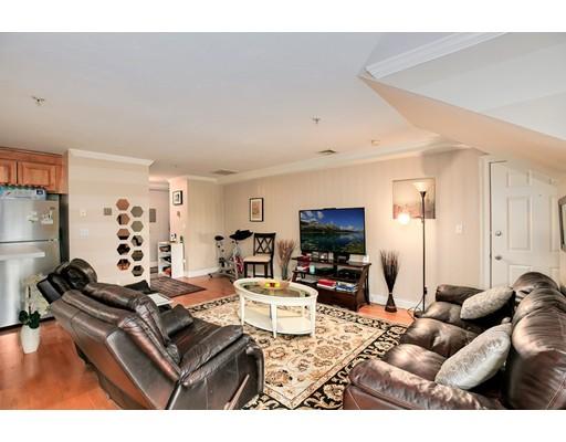 Condominio por un Venta en 24 Forge Pond Canton, Massachusetts 02021 Estados Unidos