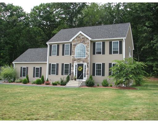Casa Unifamiliar por un Venta en 24 Myles Lane Shirley, Massachusetts 01464 Estados Unidos