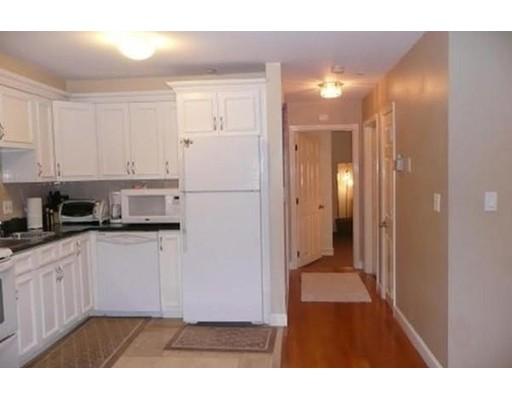 独户住宅 为 出租 在 205 Ferry Street Everett, 马萨诸塞州 02149 美国