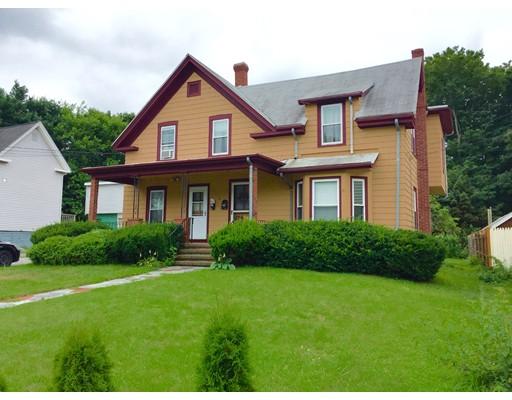 Casa Unifamiliar por un Alquiler en 13 Spring Street Stoneham, Massachusetts 02180 Estados Unidos