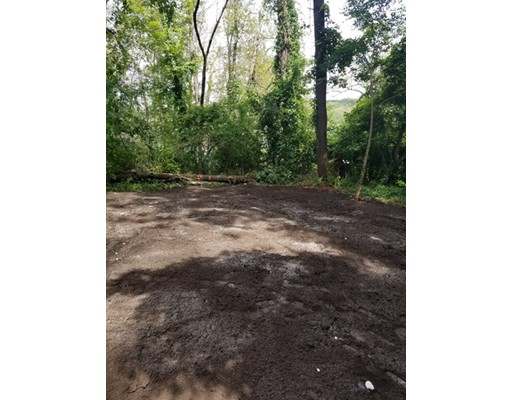 Land for Sale at 39 N Cottage Road Holland, Massachusetts 01521 United States