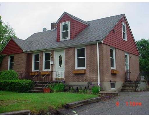 Casa Unifamiliar por un Venta en 19 Johnson Street North Attleboro, Massachusetts 02760 Estados Unidos