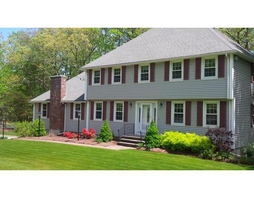 Частный односемейный дом для того Продажа на 127 Norris Road Tyngsborough, Массачусетс 01879 Соединенные Штаты