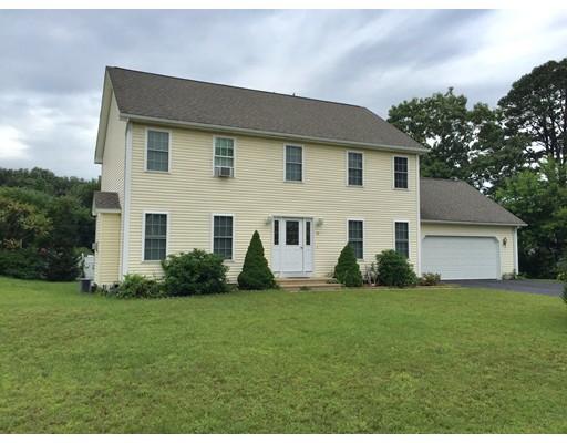 Maison unifamiliale pour l Vente à 49 Lincoln Street Agawam, Massachusetts 01030 États-Unis