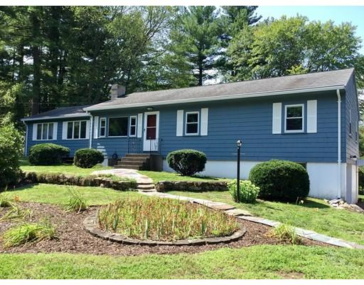 Maison unifamiliale pour l Vente à 110 Pine Hill Road Ashland, Massachusetts 01721 États-Unis