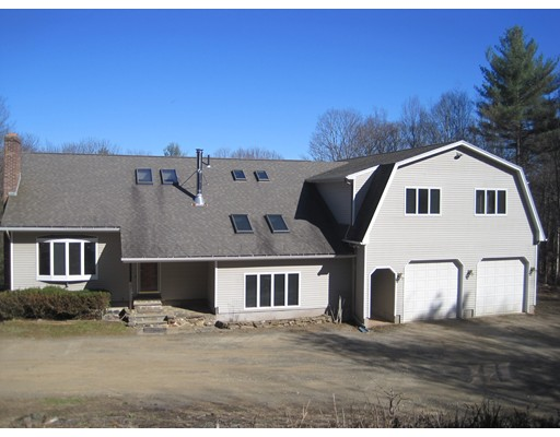 Casa Unifamiliar por un Venta en 21 Laurel Mountain Road Whately, Massachusetts 01093 Estados Unidos