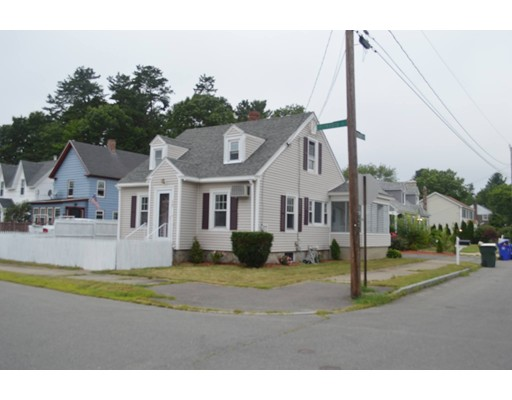 Single Family Home for Sale at 39 Plymouth Street Manchester, New Hampshire 03102 United States
