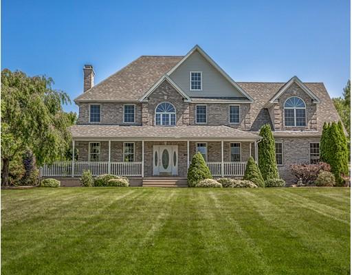 Частный односемейный дом для того Продажа на 78 Hillside Drive 78 Hillside Drive Southwick, Массачусетс 01077 Соединенные Штаты