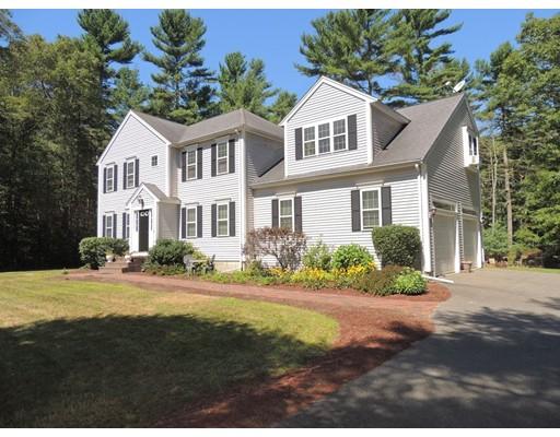 独户住宅 为 销售 在 16 Whispering Pines Middleboro, 02346 美国