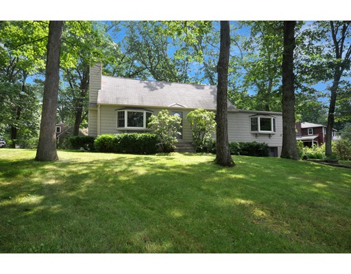 Single Family Home for Sale at 11 Sycamore Street Chelmsford, Massachusetts 01824 United States