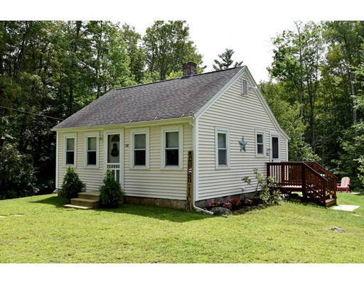 Частный односемейный дом для того Продажа на 108 Crawford Road Oakham, Массачусетс 01068 Соединенные Штаты