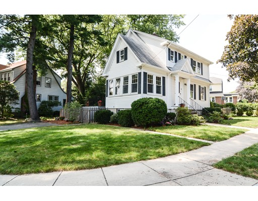 Single Family Home for Sale at 5 Lodge Road Belmont, Massachusetts 02478 United States
