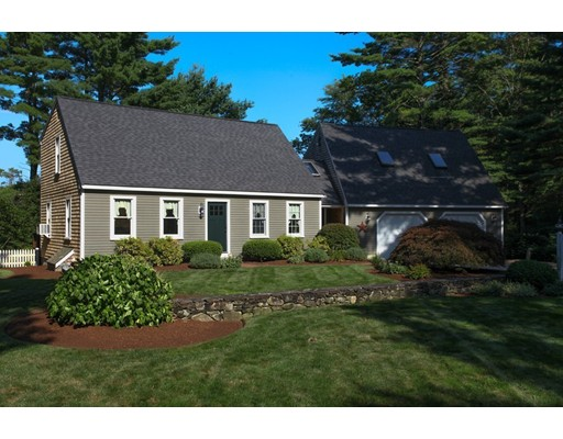 35 Woodhaven Street, Carver, MA 02330
