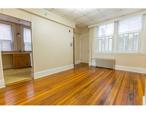 Additional photo for property listing at 7 Anderson Street  Boston, Massachusetts 02114 United States