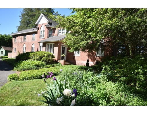 Single Family Home for Sale at 232 Amity Street Amherst, Massachusetts 01002 United States