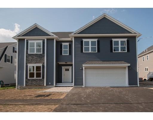 Частный односемейный дом для того Продажа на 90 Whitney Road Medford, Массачусетс 02155 Соединенные Штаты