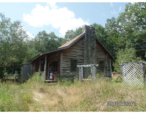 Single Family Home for Sale at 425 Queen Lake Road Phillipston, Massachusetts 01331 United States