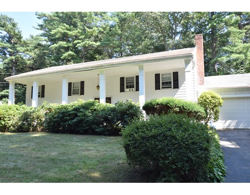 Casa Unifamiliar por un Venta en 20 Winfield Road Hingham, Massachusetts 02043 Estados Unidos