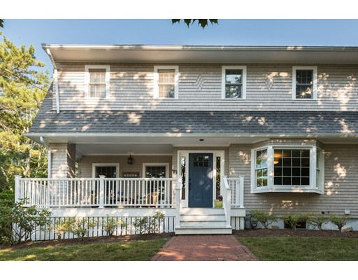 独户住宅 为 销售 在 70 Linden Drive 科哈塞特, 马萨诸塞州 02025 美国