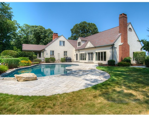 Single Family Home for Sale at 21 Bourne Place Dartmouth, Massachusetts 02748 United States