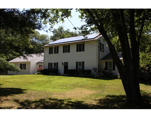 Single Family Home for Sale at 14 Mine Brook Road 14 Mine Brook Road Rehoboth, Massachusetts 02769 United States