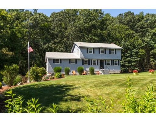 Single Family Home for Sale at 100 Guggins Lane Boxborough, Massachusetts 01719 United States