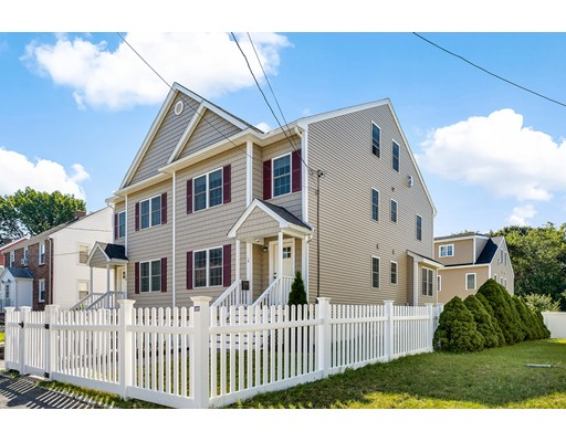 Condominio por un Venta en 18 Mott St #18 Arlington, Massachusetts 02474 Estados Unidos