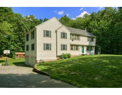 Single Family Home for Sale at 101 Forrest Road 101 Forrest Road Westford, Massachusetts 01886 United States