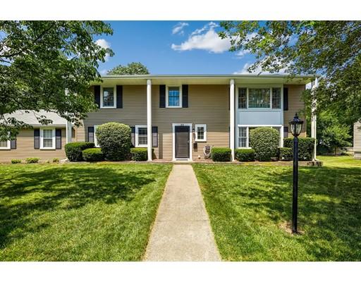 Частный односемейный дом для того Продажа на 32 Powder Hill Drive 32 Powder Hill Drive Braintree, Массачусетс 02184 Соединенные Штаты