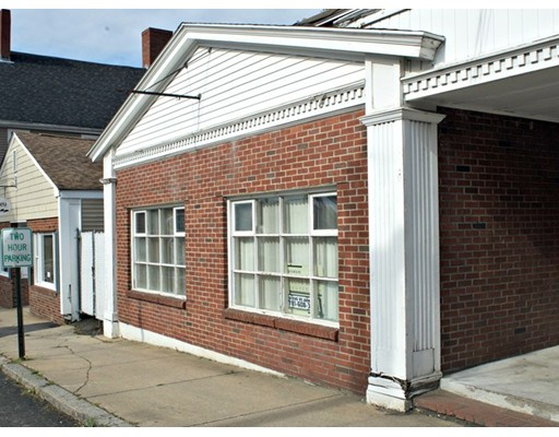 Commercial for Rent at 38 Market Street 38 Market Street Amesbury, Massachusetts 01913 United States