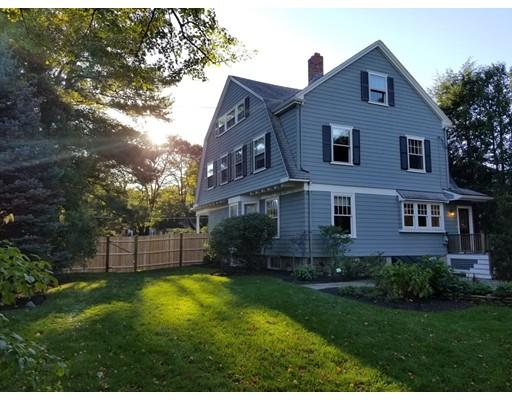 Частный односемейный дом для того Продажа на 1 Woodside Road 1 Woodside Road Winchester, Массачусетс 01890 Соединенные Штаты