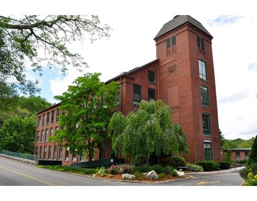 独户住宅 为 出租 在 14 Sanford Street 梅德韦, 02053 美国
