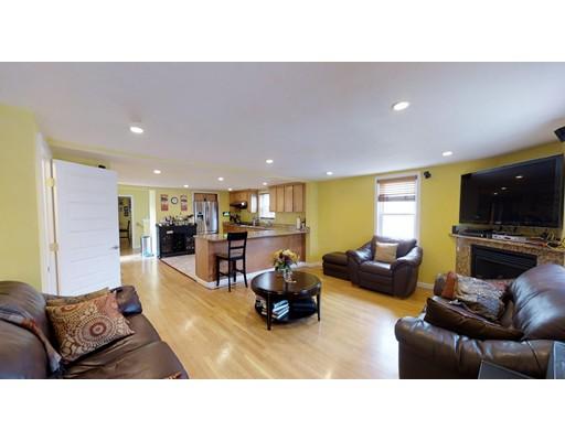 Частный односемейный дом для того Аренда на 69 N Union St #- Arlington, Массачусетс 02474 Соединенные Штаты
