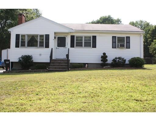 واحد منزل الأسرة للـ Sale في 402 Main Street Bridgewater, Massachusetts 02324 United States