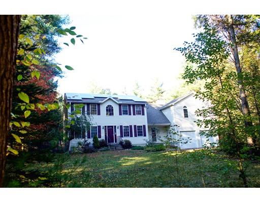 独户住宅 为 销售 在 741 River Street 741 River Street 温琴登, 马萨诸塞州 01475 美国