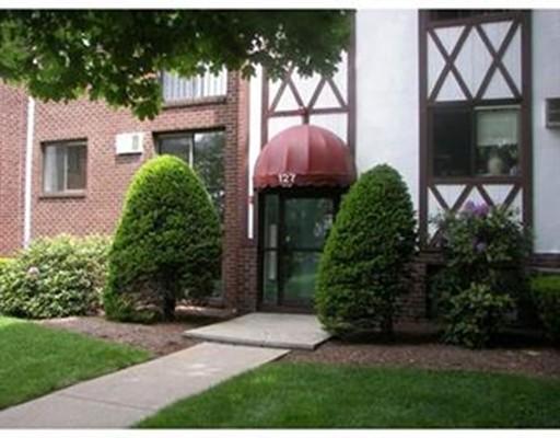 Maison unifamiliale pour l à louer à 127 KING STREET Franklin, Massachusetts 02038 États-Unis