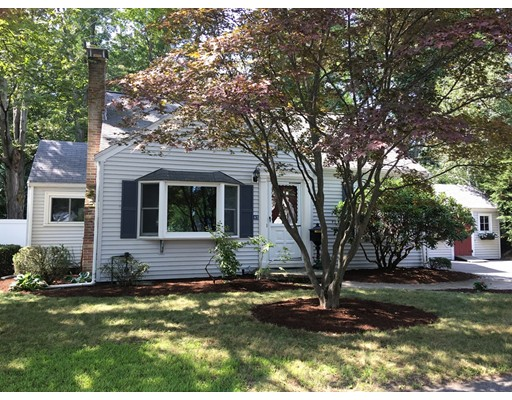 Picture 2 of 47 Potter Rd  Waltham Ma 4 Bedroom Single Family