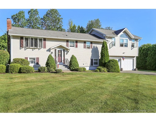 Picture 13 of 2 Deana  Methuen Ma 4 Bedroom Single Family